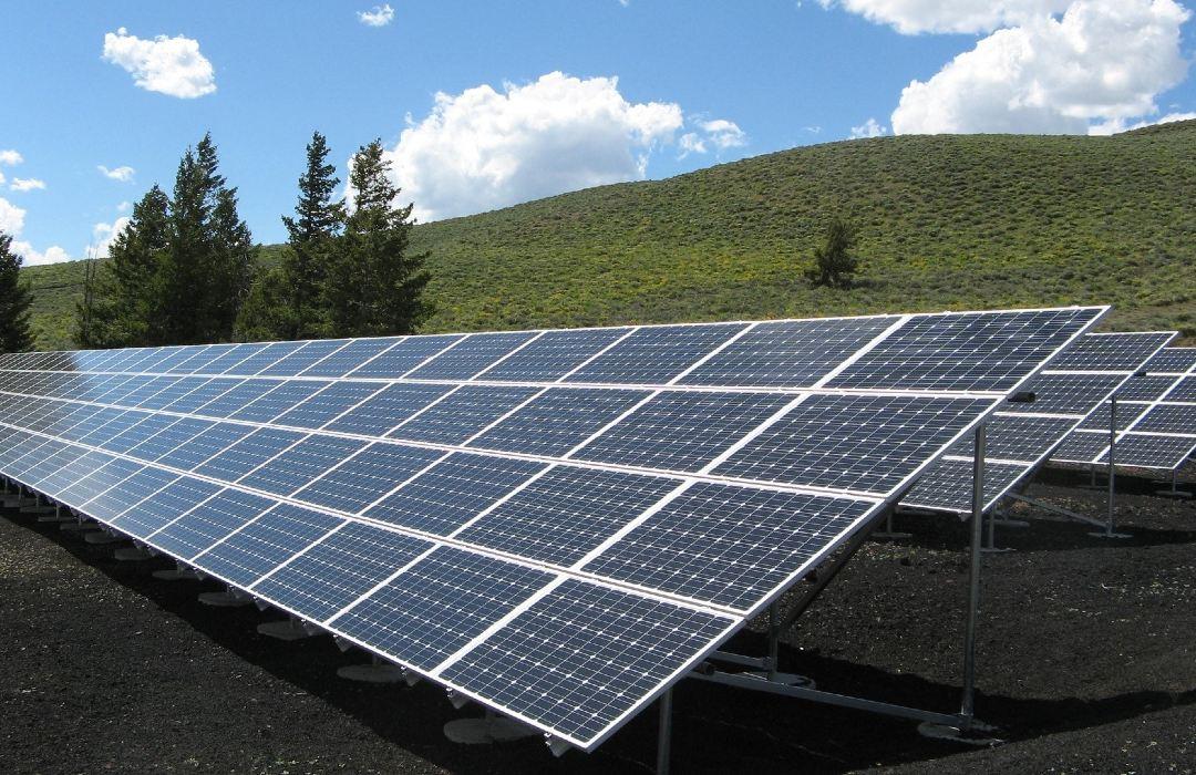 El panel solar que logra potabilizar el agua
