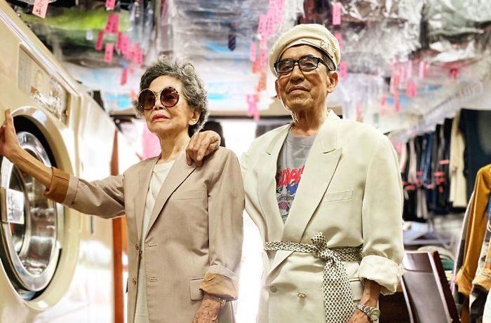 Esta pareja de Taiwán obtiene 516 mil followers por posar con ropa olvidada en su lavandería