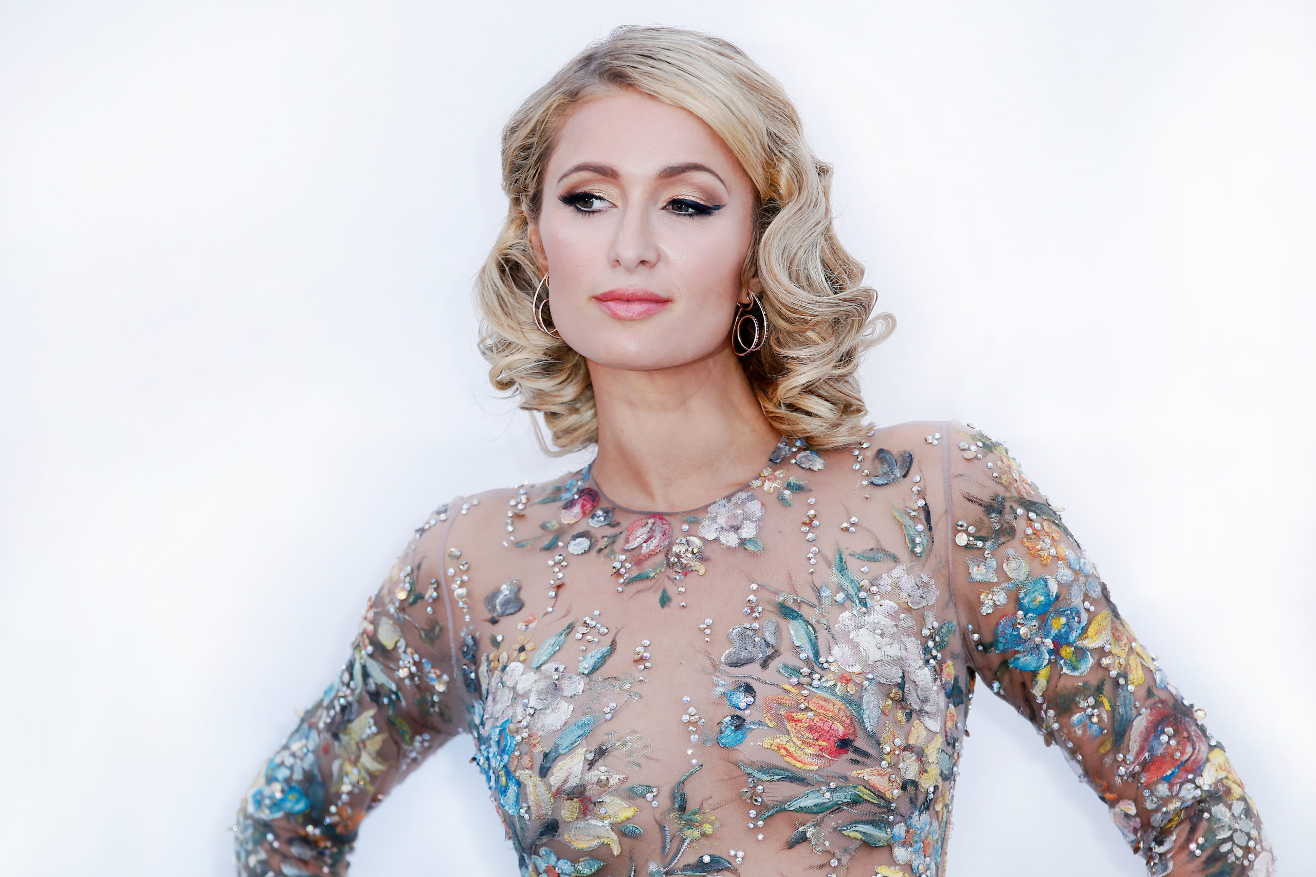 Por medio de YouTube Originals, Paris Hilton presenta This is Paris, un documental sobre su vida