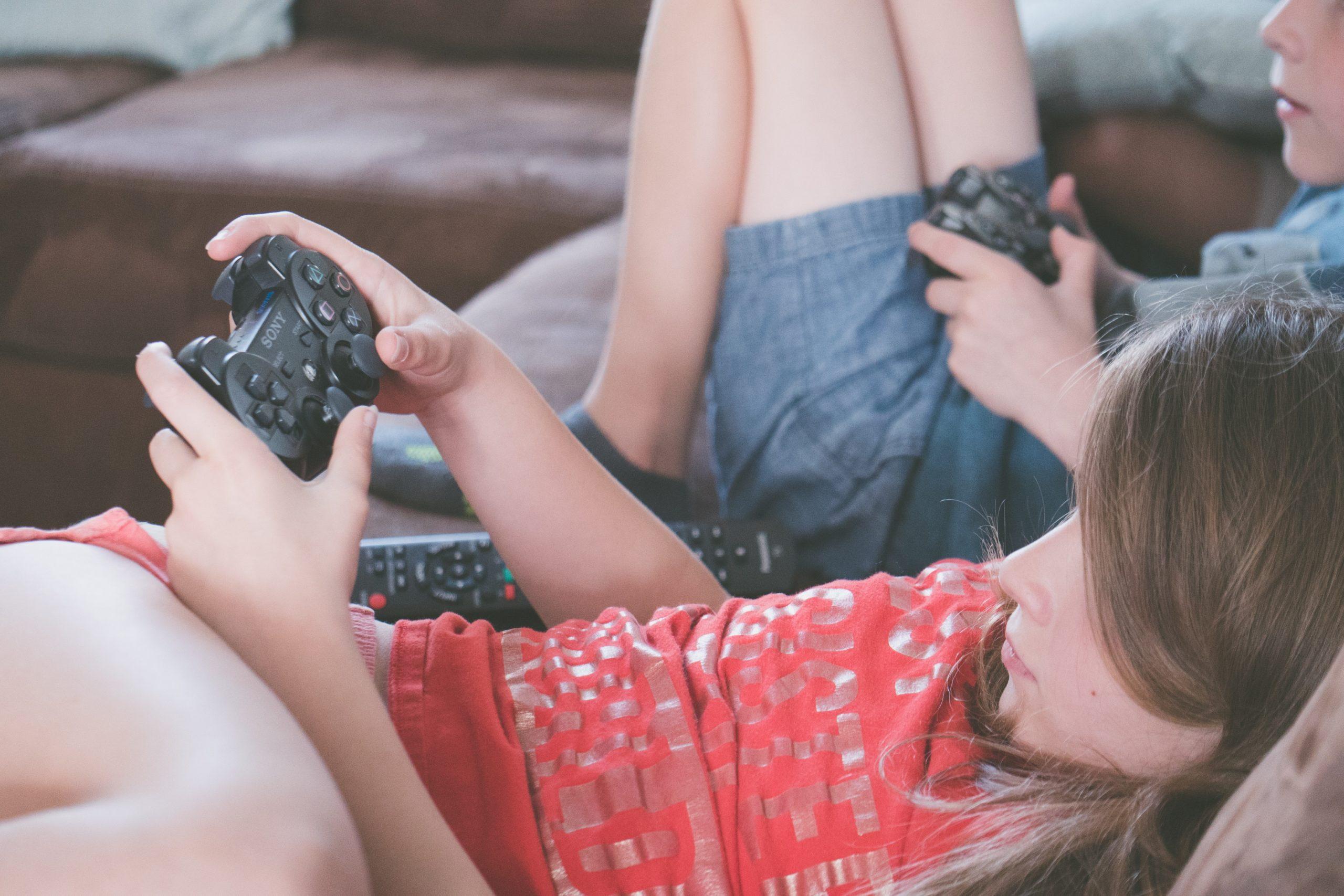 ¿Videojuegos, malos? ¡Para nada! Mejoran la salud mental de los niños durante la pandemia