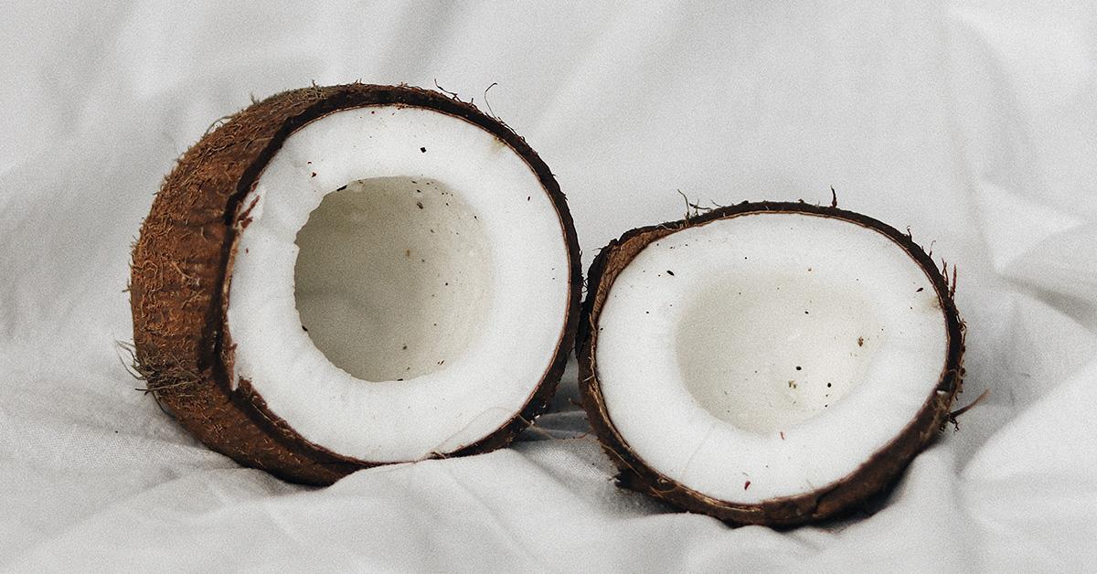 Según este estudio, el aceite de coco combate el virus de la Covid-19