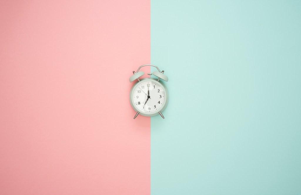 ¿Qué beneficios para el medio ambiente tiene el cambio de horario?