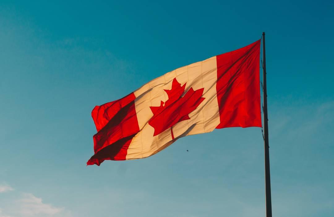 Canadá ofrece trabajo con un sueldo de casi 30 mil pesos, a mujeres mexicanas