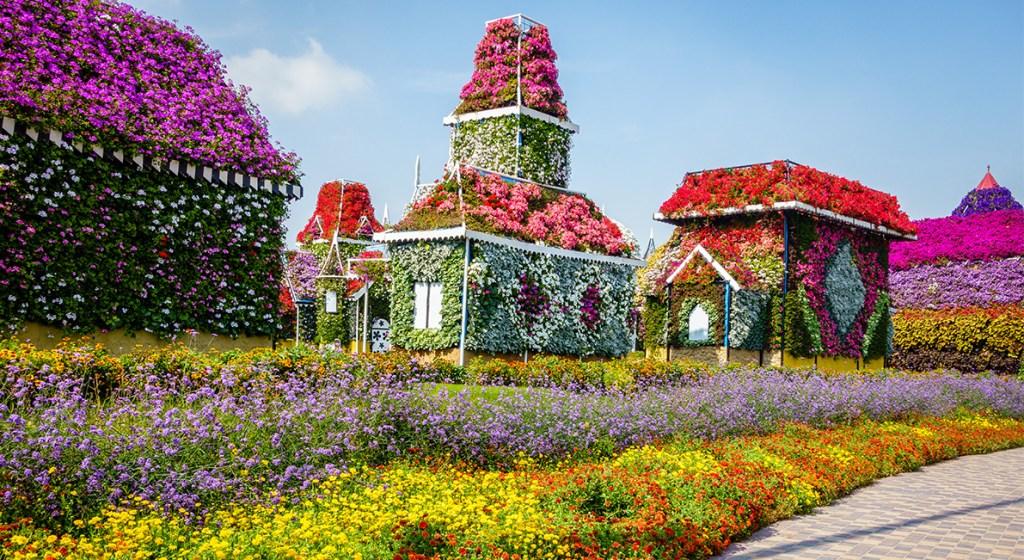 Conoce el paraíso floral sustentable más grande del mundo