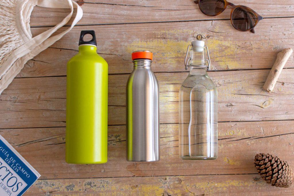 reutiliza las botellas de otros materiales