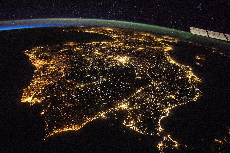¿Por qué la iluminación mundial redujo su consumo durante el confinamiento?