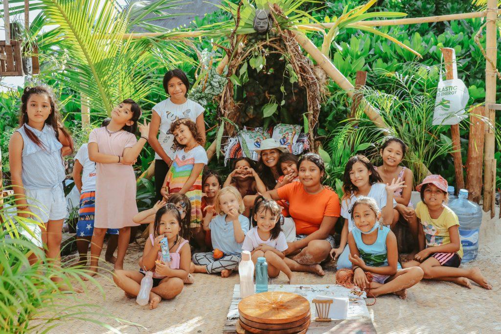 Los Amigos de la Esquina, cuatro años fomentando la inclusión y la conciencia de niños en Tulum