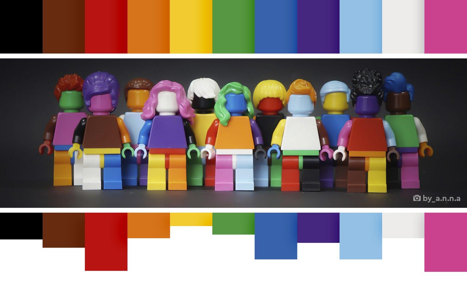 LEGO lanza su primera colección LGBTQ+ para celebrar el Mes del Orgullo <3