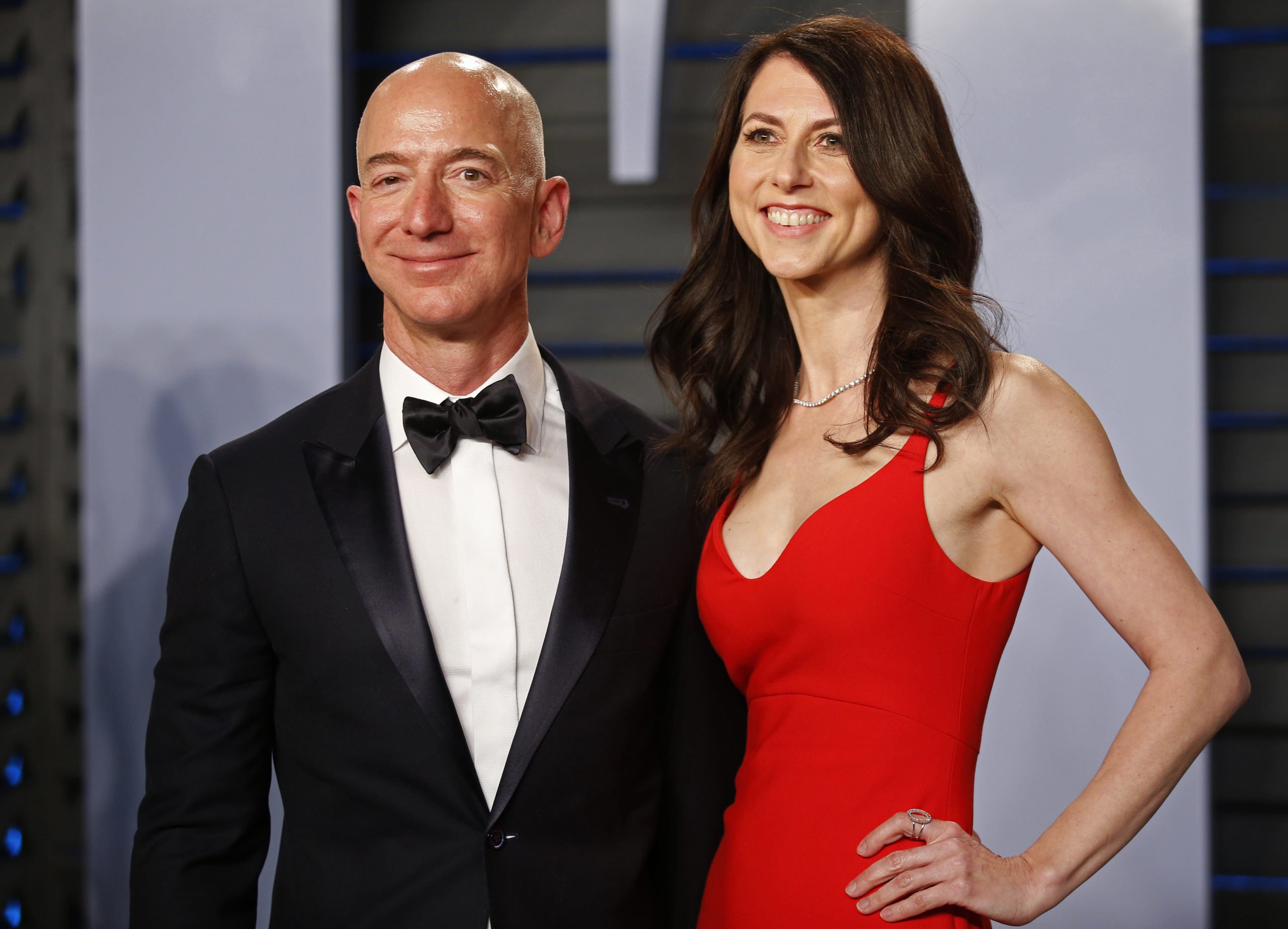 La ex esposa del fundador de Amazon dona 2,740 mdd a causas nobles