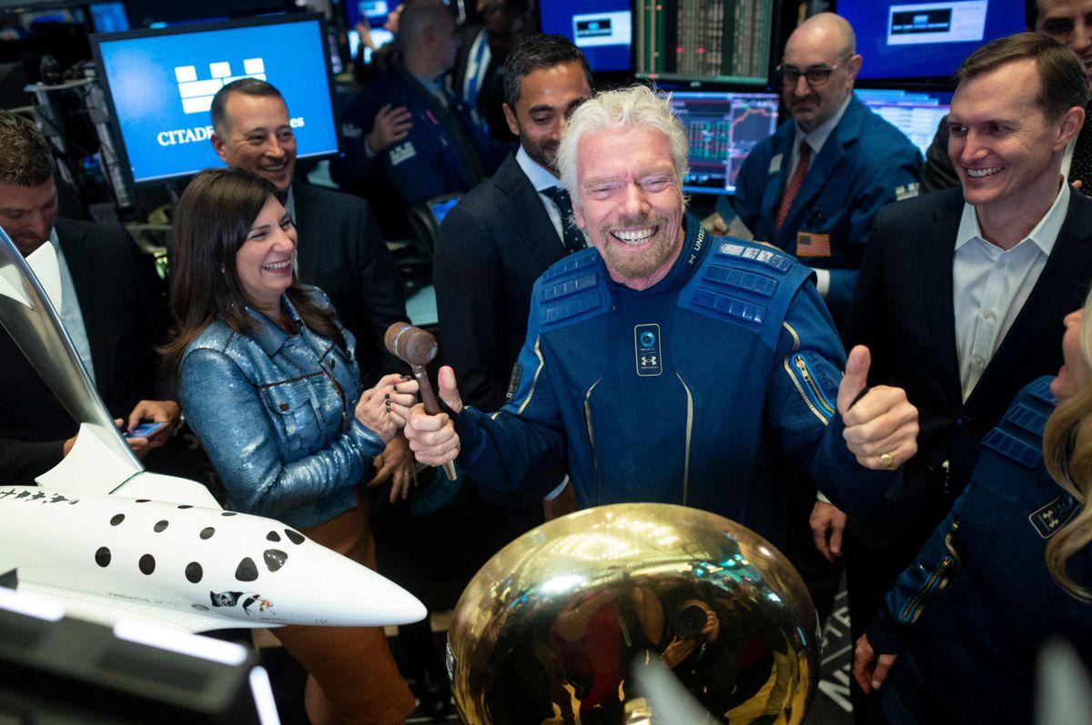 Richard Branson viajará hoy al espacio con Virgin Galactic y esta fue la reacción de Jeff Bezos
