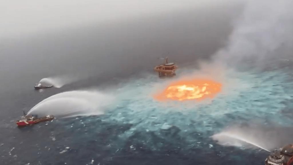 """Activistas reclaman a líderes mundiales para evitar otro """"ojo de fuego"""" en el mar"""