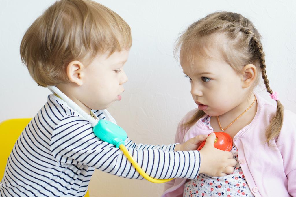 ¡Alerta! Este es el contaminante silencioso que afecta la salud de niños pequeños