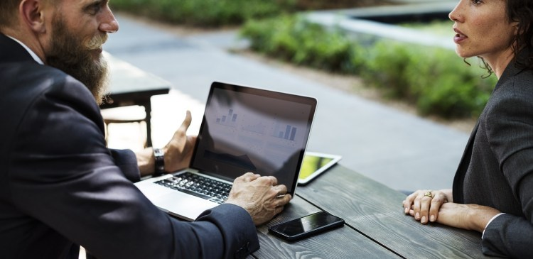 erfolgreiches-online-marketing-durch-kommunikation