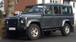 Land Rover Defender 110 - offroad