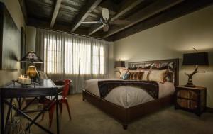 Guest Lodge Master Suite