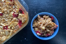 Baked Oatmeal with fresh Cranberries and Apples