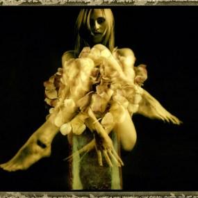 Nude&Flowers 01