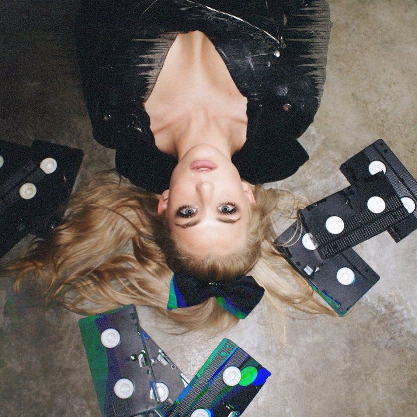 interview-with-happy sometimes-laguna beach-californina-indie pop-new music-new indie music-wolfinasuit-wolf in a suit