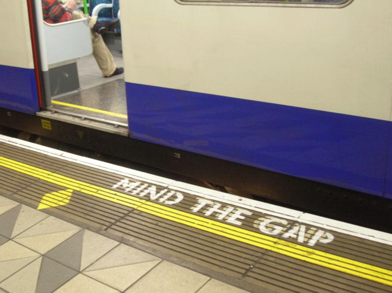 800px-mind-the-gap-bank.jpg
