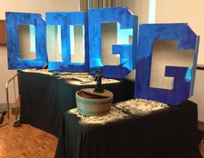 The D.I.G.G. display complete with running water well! Thanks Dina!