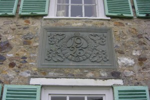 Wolford Lodge 1925 sign