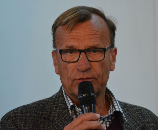 Dr. Enno Hempel, Geschäftsführer der Pferdeland Niedersachsen GmbH auf der Pferd & Jagd 2015, (Foto: Vogler)