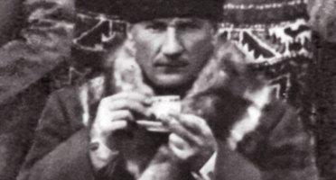 Mustafa Kemal Atatürk - Kahve