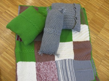 Kuschelpölster und Decke von Inge, sehr schön!