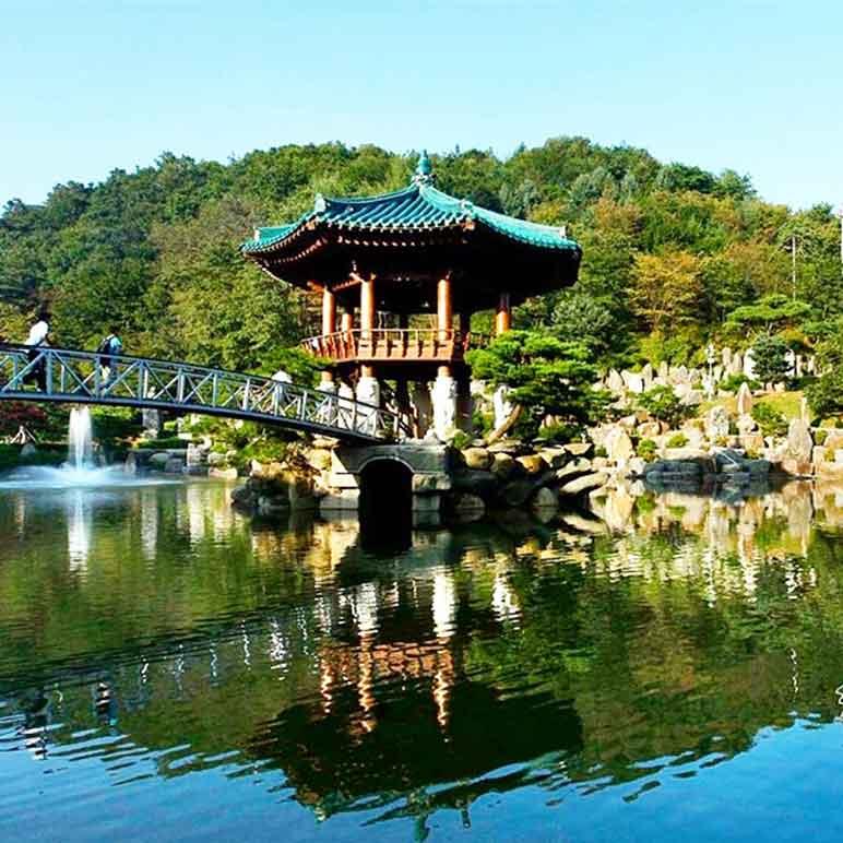 Wolmyeongdong lake pavilion during the spring
