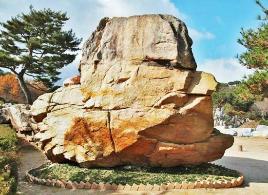 The Holy Son Rock in Wolmyeongdong (front-view)