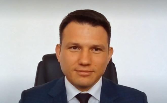 Sławomir Mentzen o politykach, noszeniu maseczek i cyrku