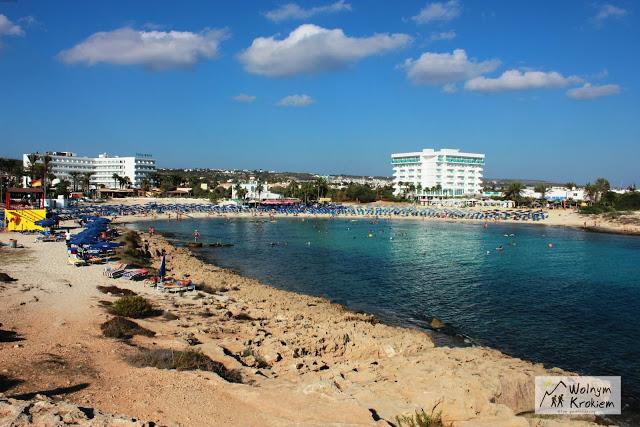 Ayia Napa plaża Vathia Gonia Cypr