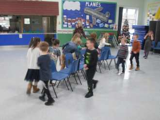 Y2 - Christmas Party
