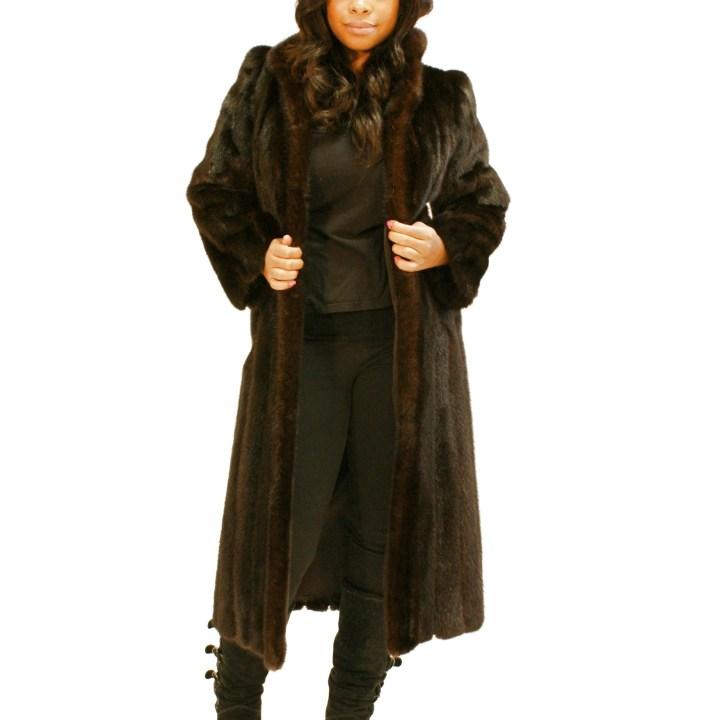 Small Ranch Mink Coat 016409