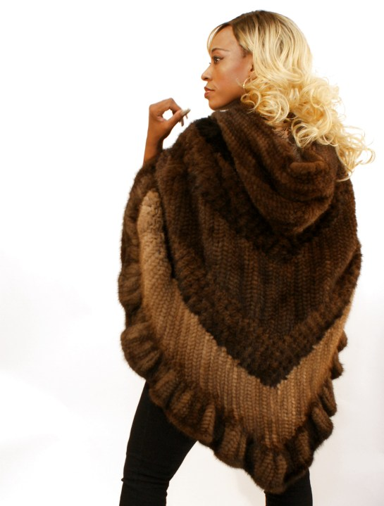 4-Tone Knitted Mink Poncho