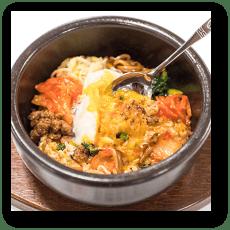 食品サンプル: 石焼ビビンバ