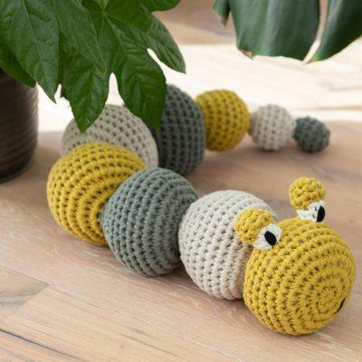 DIY Haakpakket RibbonXL Caterpillar Lola Hoooked 2