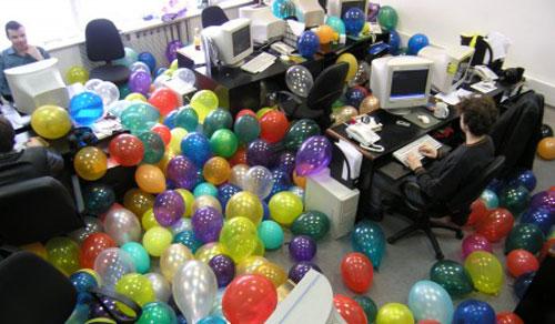 Поздравление с днем рождения коллеге женщине или мужчине