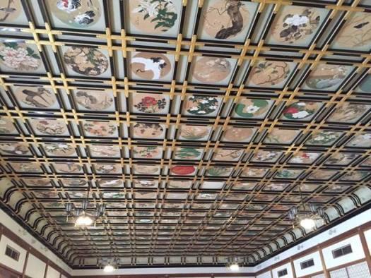 傘松閣(さんしょうかく)の間の絵天井