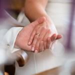 結婚。それはどんな状況であっても愛することのできるパートナーと共に人生を歩むことである
