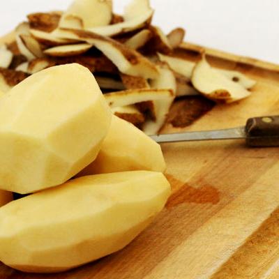 К чему снится чистить картошку?