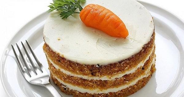 Постный морковный торт с кремом, грецкими орехами и ...