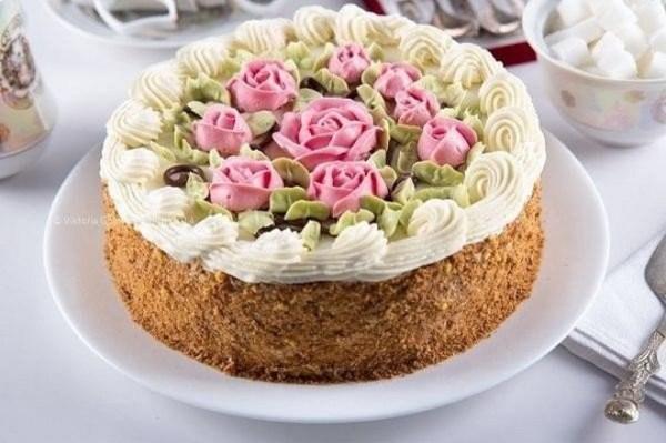 Крем для украшения торта - рецепты белкового, масляного ...