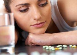 Чем опасны гормональные препараты?