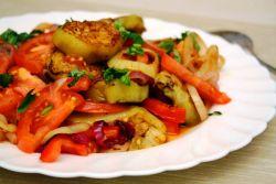 Овощи с грибами тушеные на сковороде. Тушёные овощи с грибами