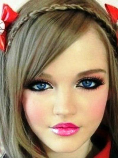 Дакота Роуз без макияжа