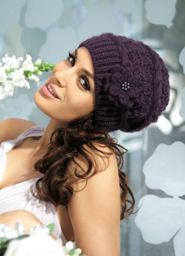 Модные вязаные женские шапки