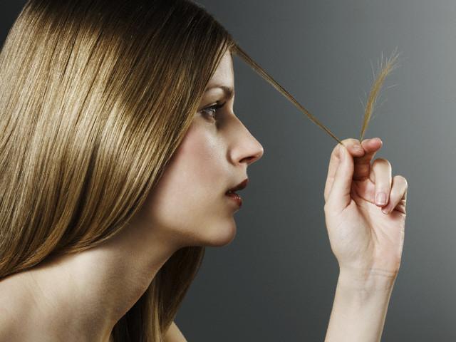 если девушка на работе распустила волосы
