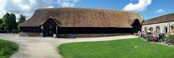 20140610_165639 Avebury Museum 600