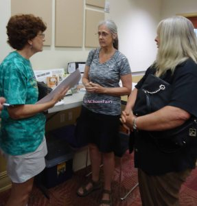 2015-04-16 Meet local authors at gate way library
